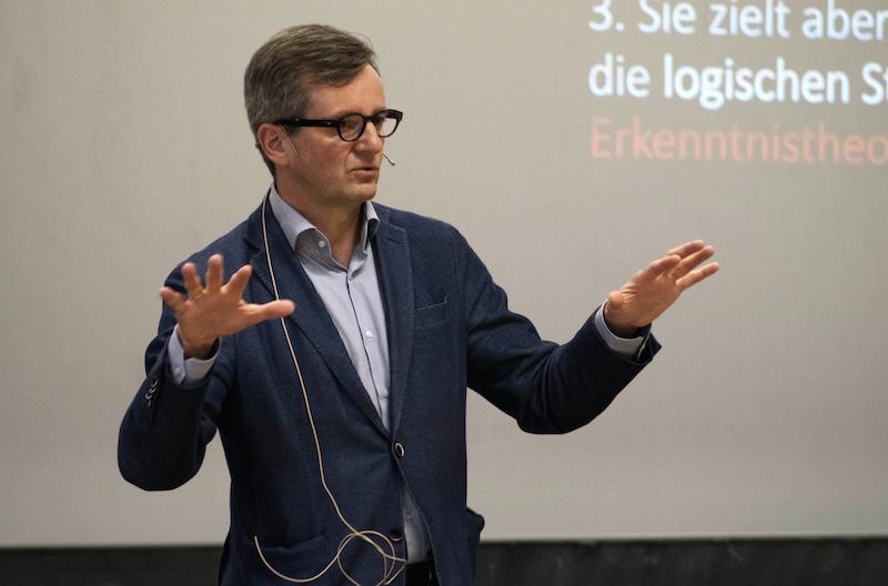 Prof. Dr. Jörg Gleiter