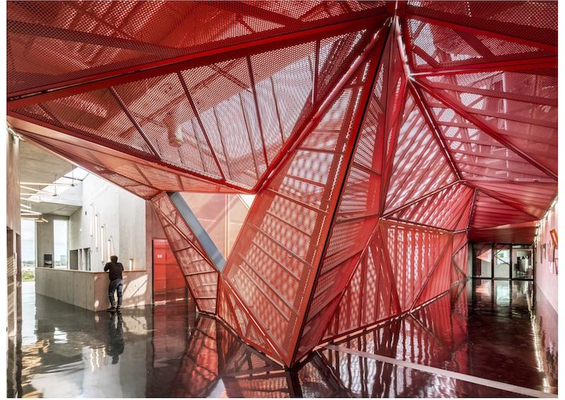 Kulturzentrum, Beaumont-Hague | Innenraum © Périphériques Architectes