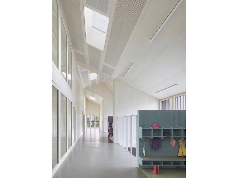 Kinder- und Familienzentrum   Innenraum Neubau   © VON M