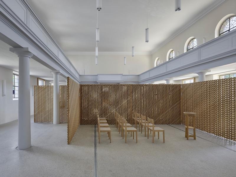 Christusgemeinde Kehl   Innenraum   © VON M